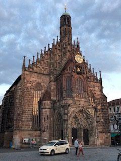 Frauenkirche_Taxi